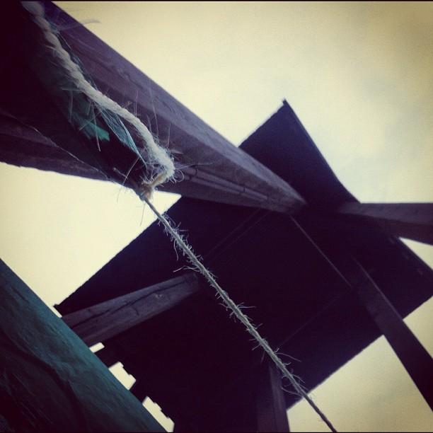 October 04, 2012 at 10:19AM ..under en klocka.. #alskarattsovaute by skogsmullen
